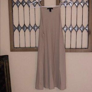 Dresses & Skirts - Slip Dress 💛